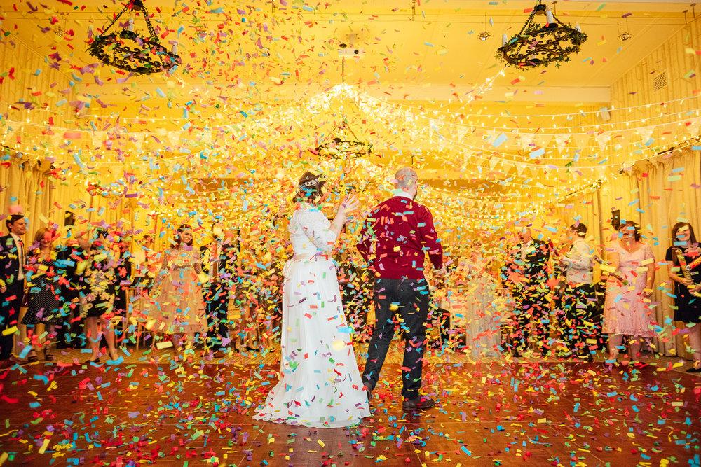 cotswolds-fun-wedding-42.jpg