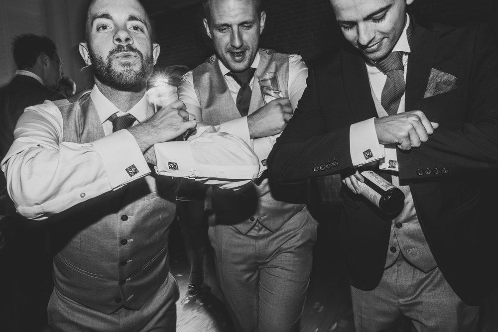 tunbridge-wells-pantiles-wedding-51.jpg