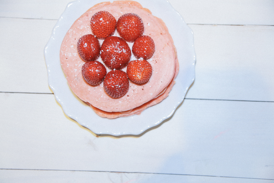 strawberry pink pancakes_22