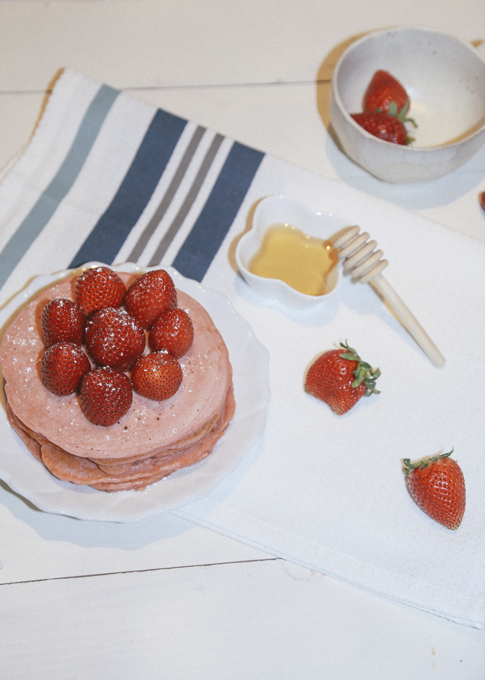 strawberry pink pancakes_21