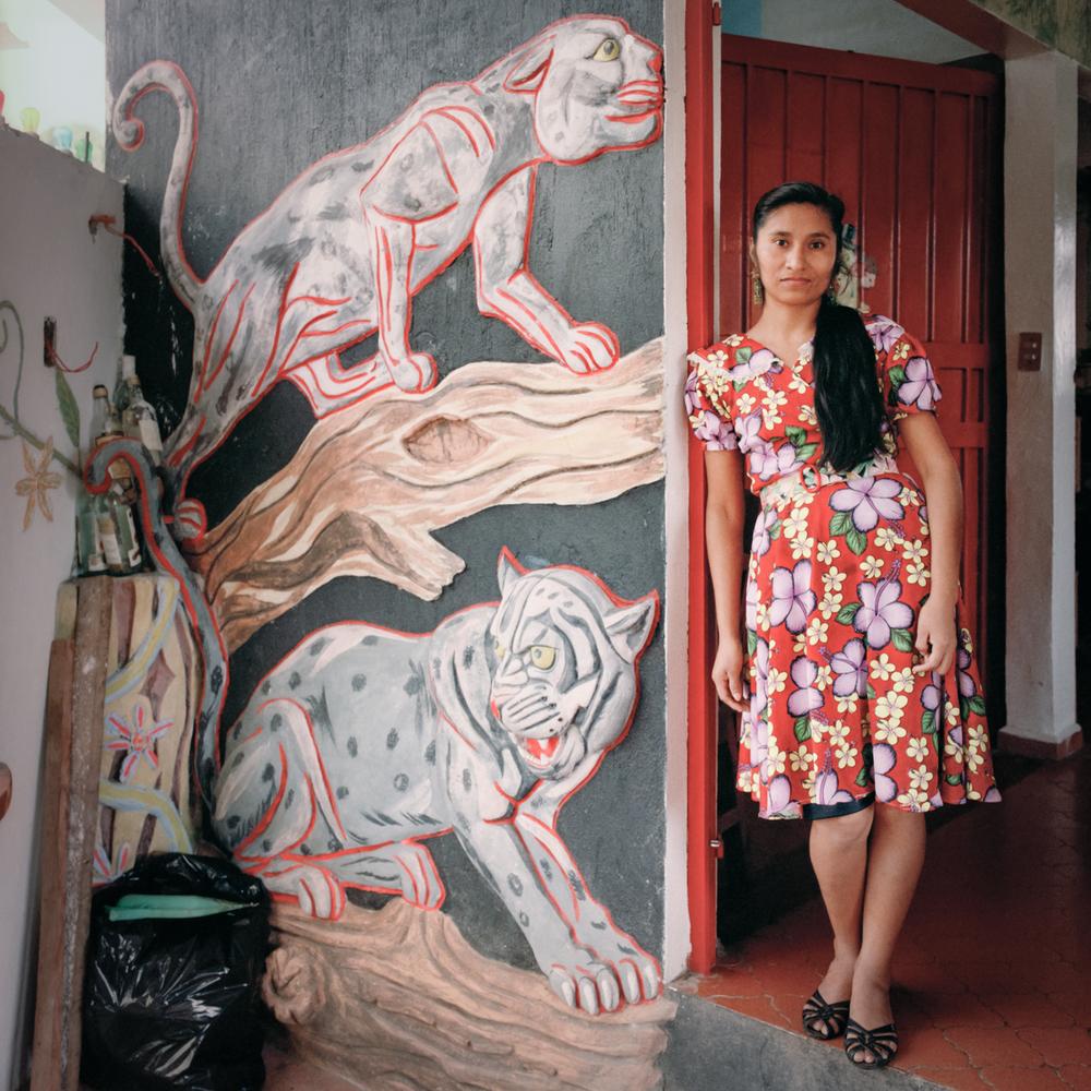 Woman and Tigers, Santiago Tuxtla, Veracruz, México 1986