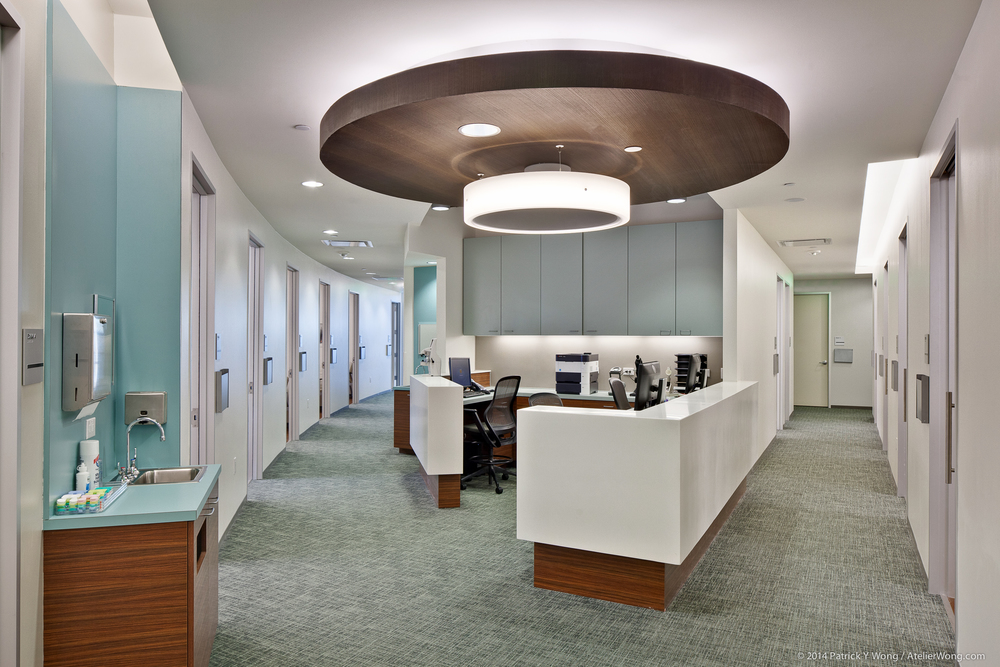 10_Eye Physicians of Austin Interior_Clinic Station_Sixthriver Architects.jpg