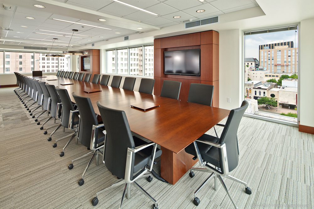 Strasburger Price_Conf Room_Sixthriver Architects.jpg
