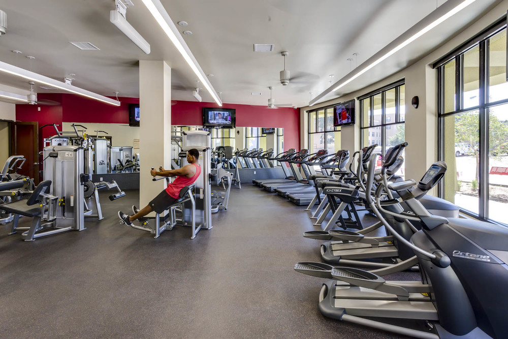 UNM Casas Del Rio_Fitness_Sixthriver Architects.jpg