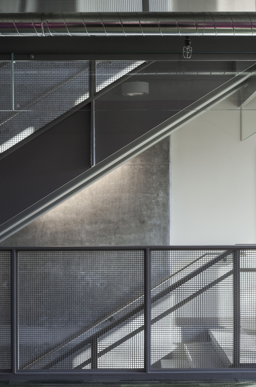 University Pointe PSU_Stairwell_Sixthriver Architects.jpg