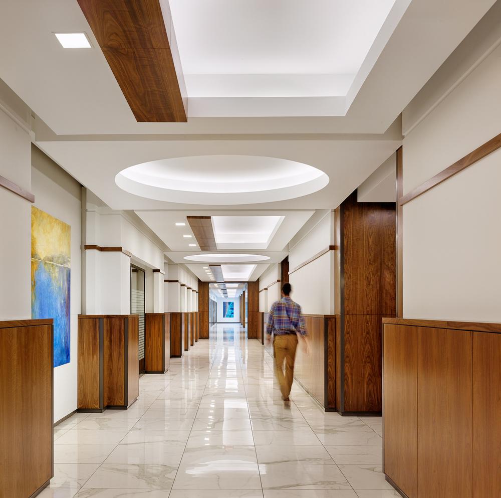corridor76499.jpg