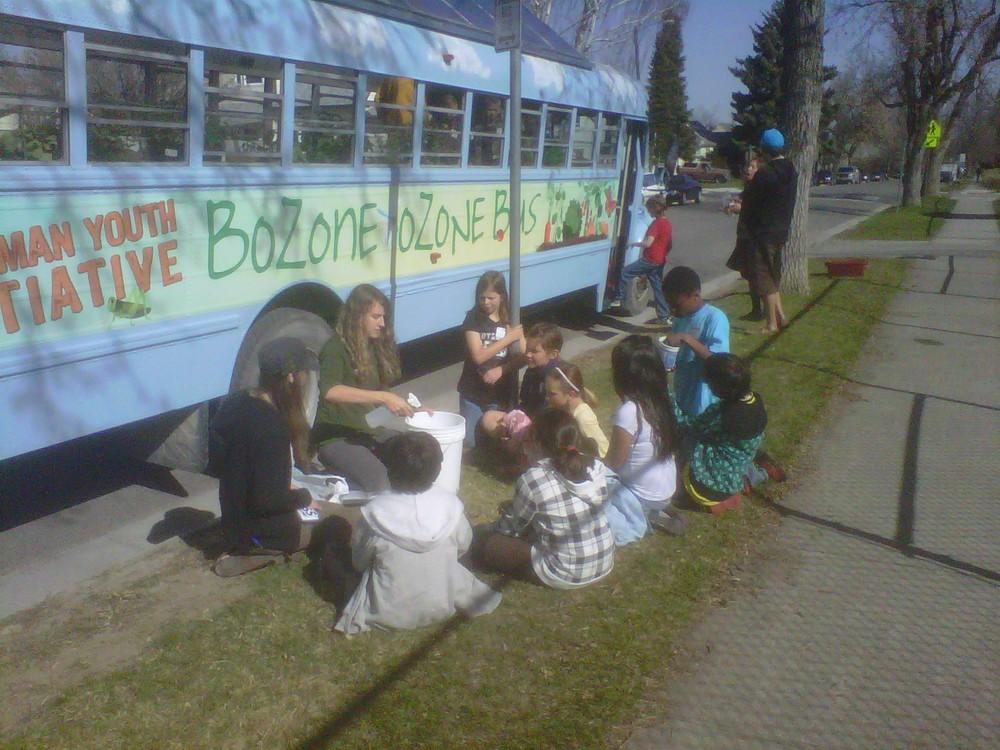 Tessa Moeckel and Molly Titus-Ieronimo teach kids at Irving School.