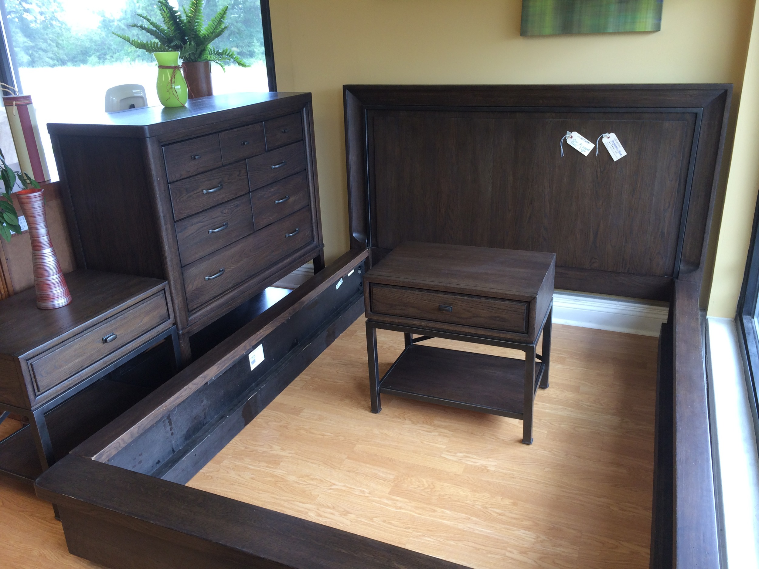 Universal Pennsylvania House 6pc Bedroom Set