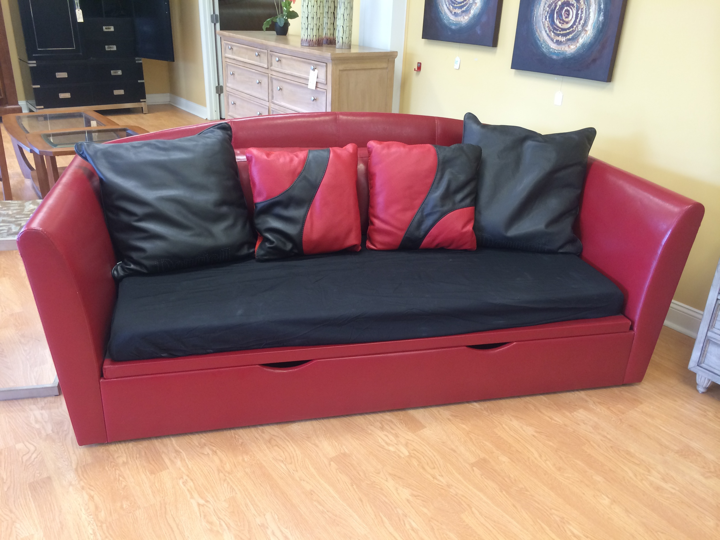 Leather Daybed W/Storage