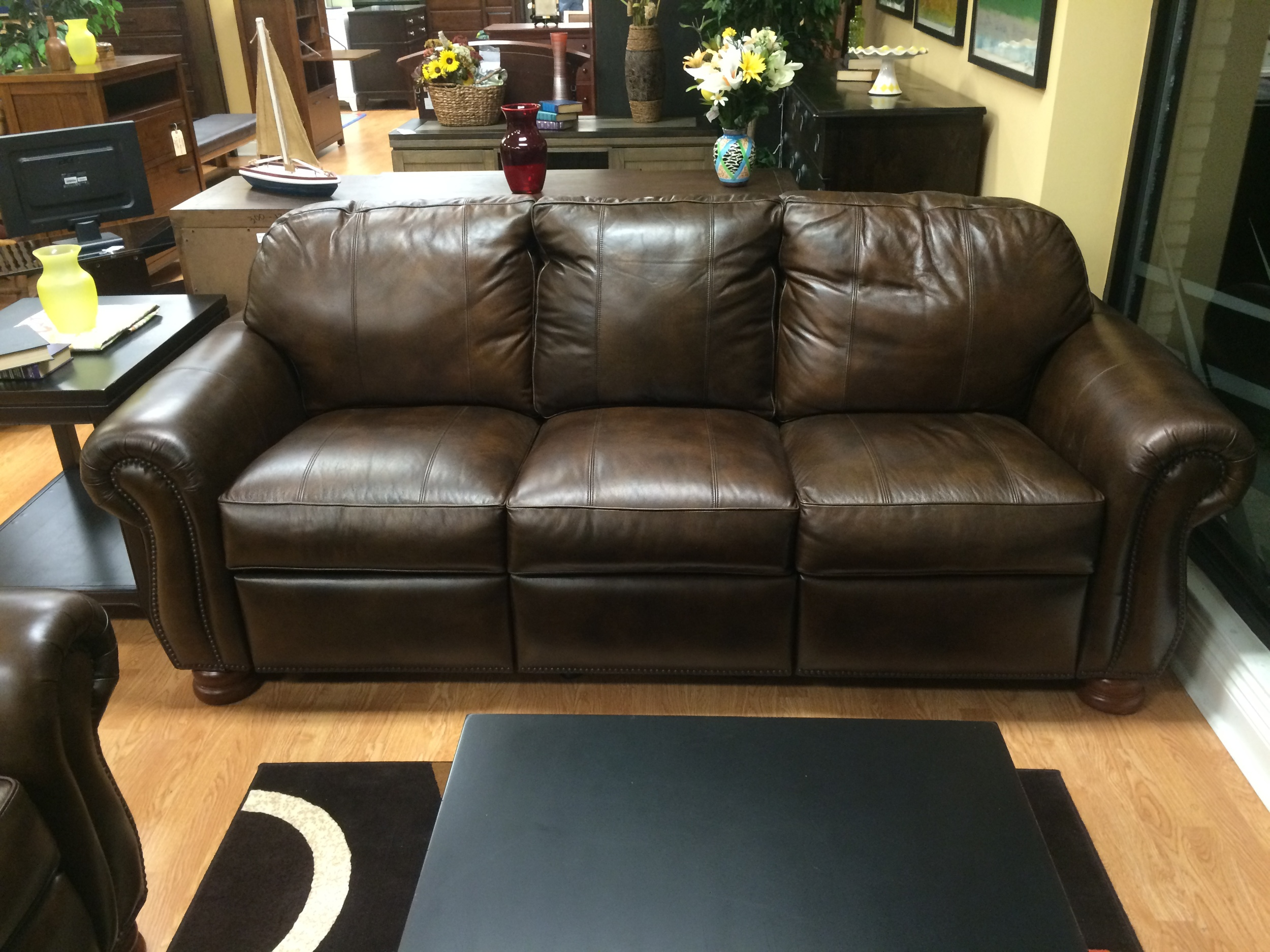 Thomasville Benjamin Leather Living Room Set