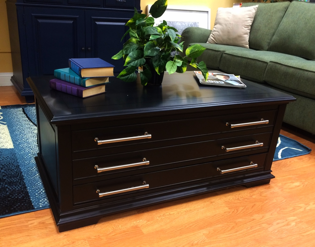 Broyhill Chatham Collection Sliding Top Coffee Table