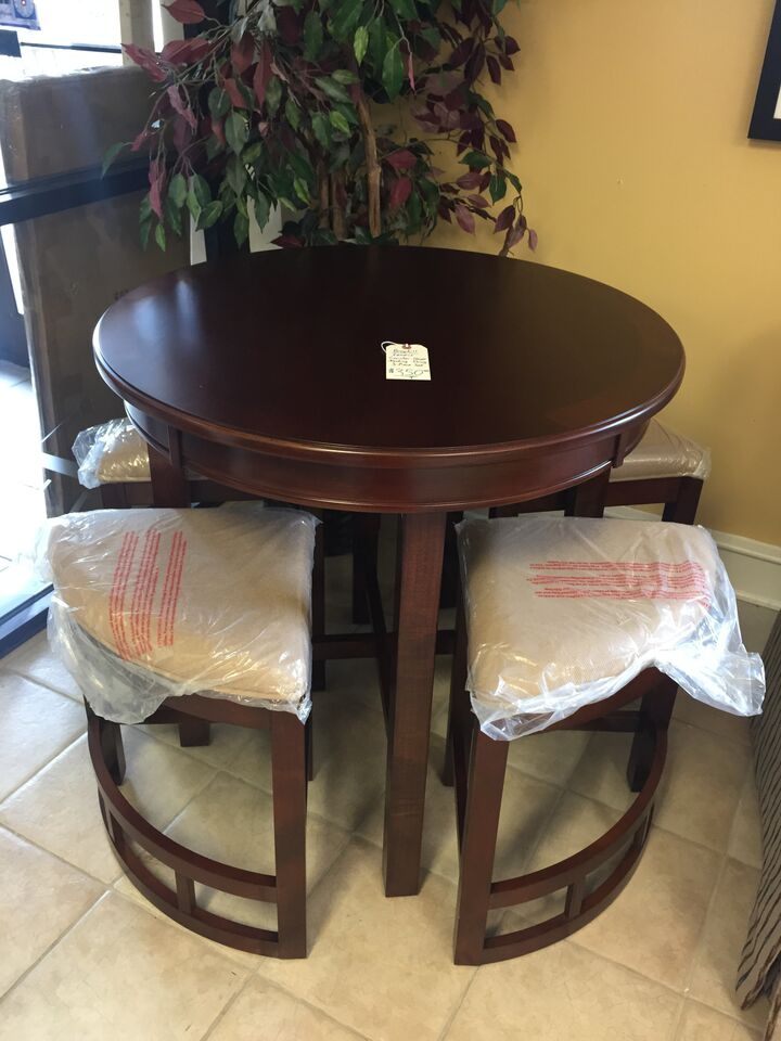 Broyhill Lenoir Counter Height Nesting Dining 5 Piece Set