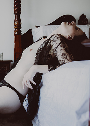 Intimate home boudoir photography