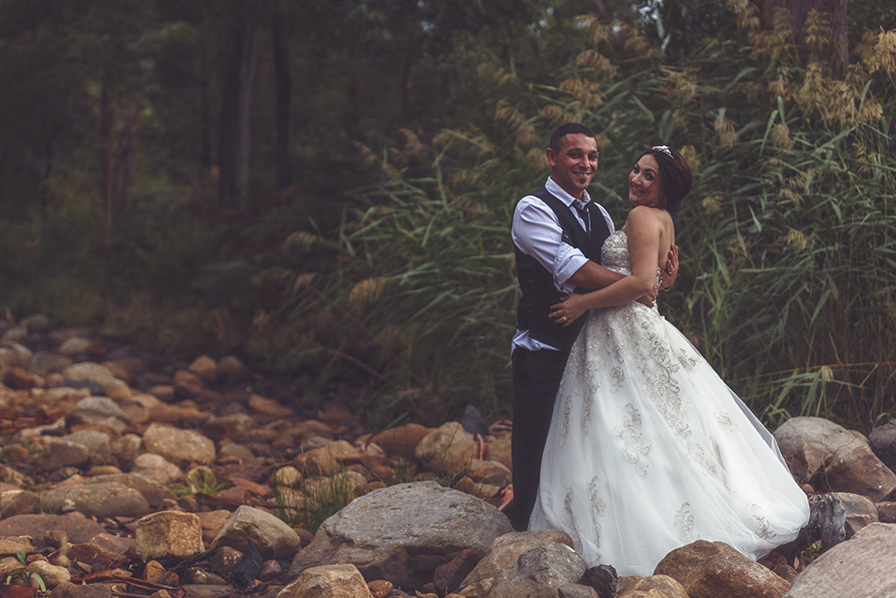Halls-Gap_bridal-session_outdoor-wedding.jpg