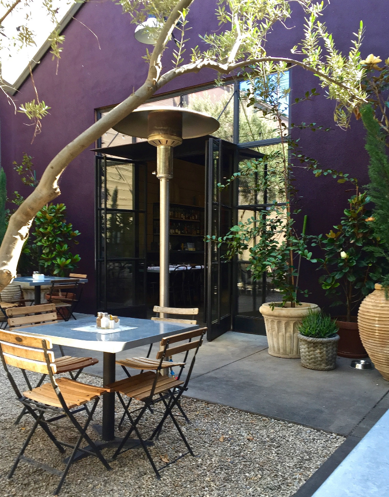 Al fresco dining at Zinc Cafe & Market, DTLA