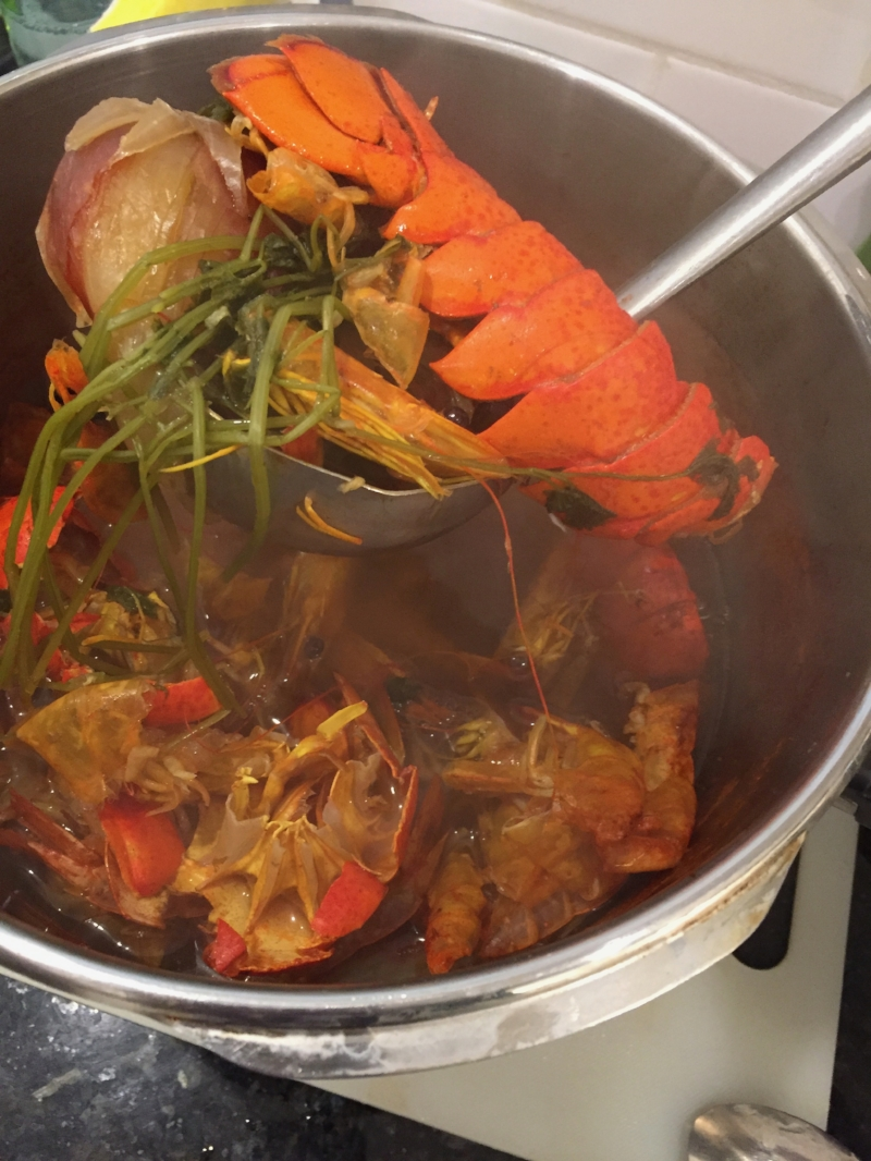 This Thanksgiving we made a kombu stock for me and a seafood stock for AK and our guests. The seafood version contained oyster liquor, shrimp heads & shells, and lobster tail shells,