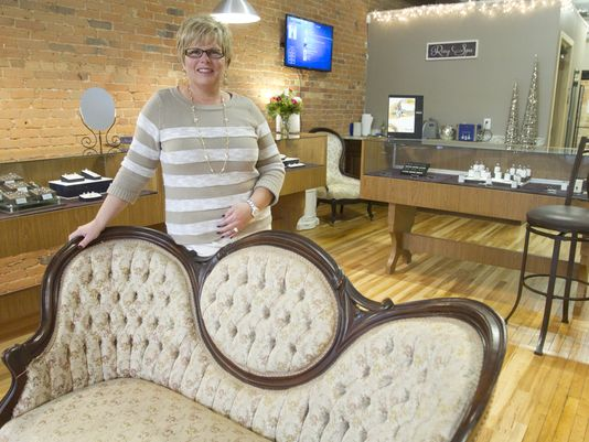 Karen pociluyko, owner of Silverstone jewelers  (Photo: GILLIS BENEDICT/LIVINGSTON DAILY)