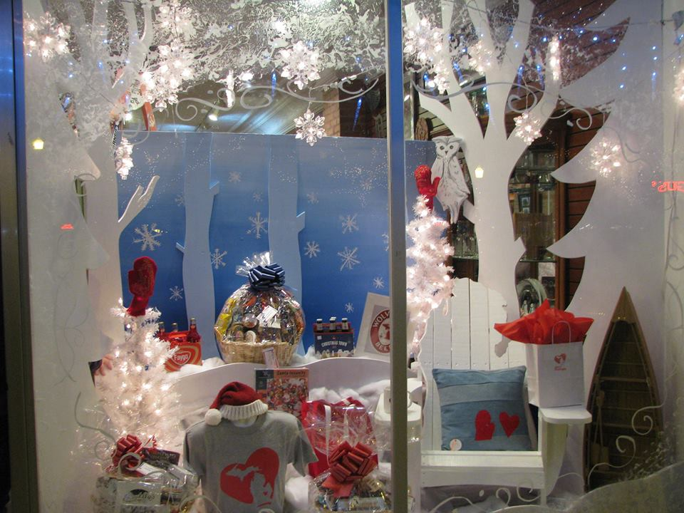 Heart of Michigan's Holiday Storefront Display from 2014, courtesy of howell main Street/DDA