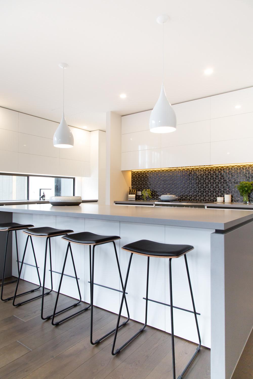 Kitchen2_9735.jpg