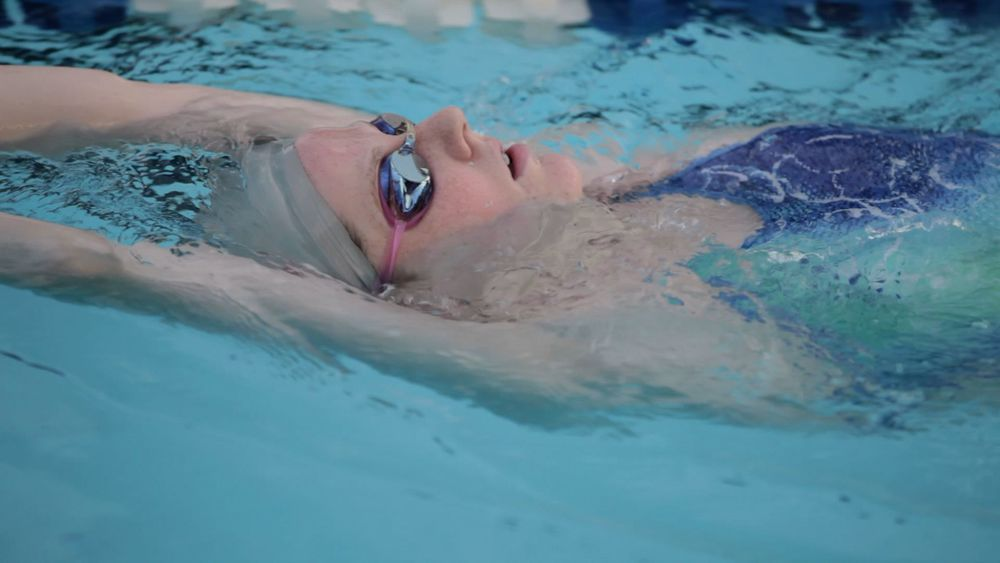 MS Missy Backstroke past.jpg