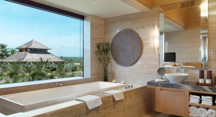 Conrad Penthouse Bathroom (720 x 390).jpg