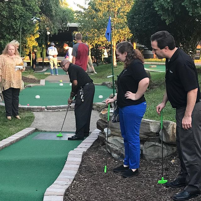 Team night - putt putt