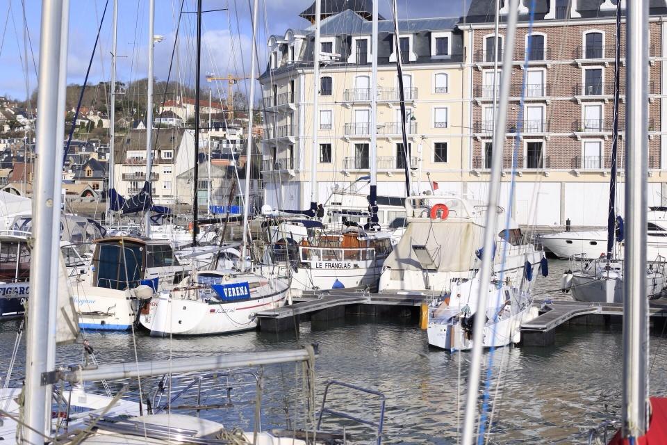 Deauville, Le bateau %22franglais%22.jpg