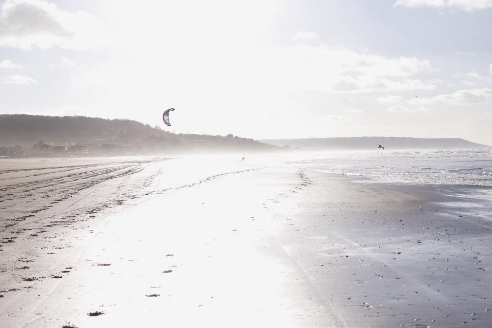 la plage brillante.jpg