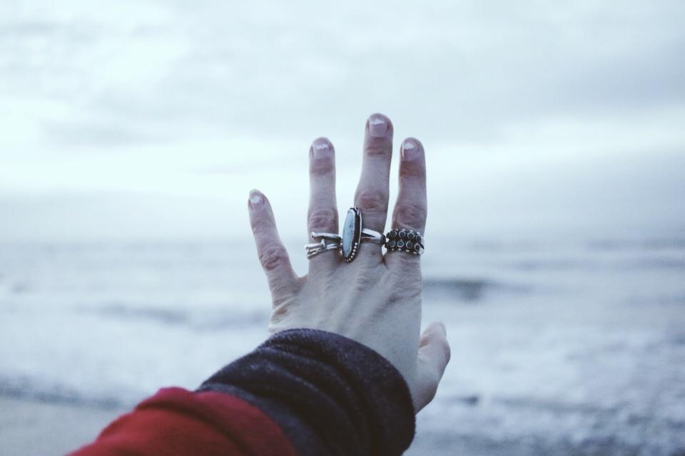 les mains gelées.jpg