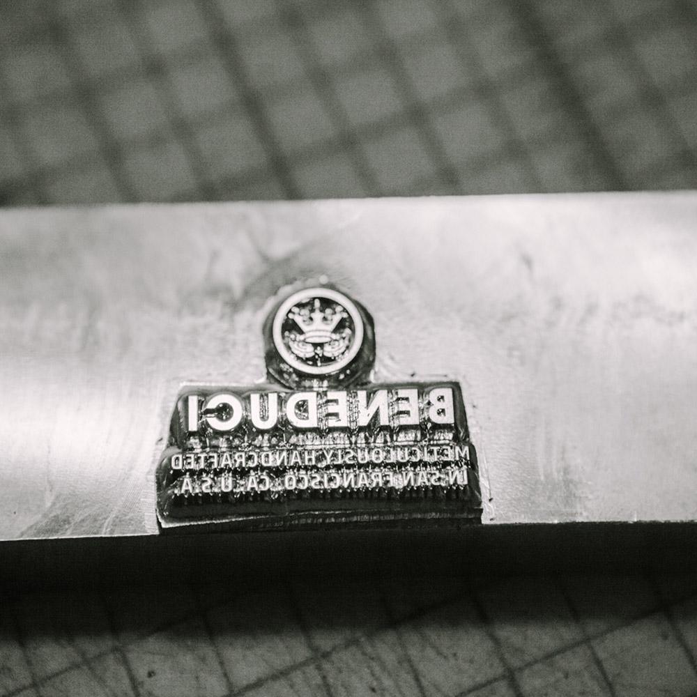 Logo_stamp_1000x1000.jpg