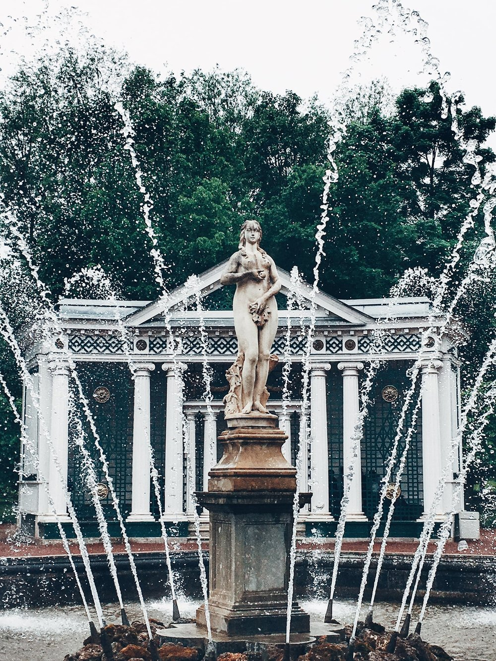 The Eve Fountain in the Lower Garden. Its counterpart, the Adam Fountain can be found in the exact same spot on the other side of the Sea Channel (St. Petersburg, Russia)
