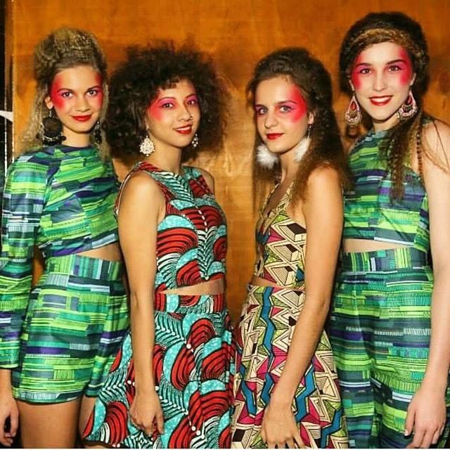 Models-@isabellaeiszele @aimeezale @so_lar @isabellajacuzzi    Shot-@interlacedmedia     MUA- @bethanyprickettmua     Hair-@chantelle_nydal
