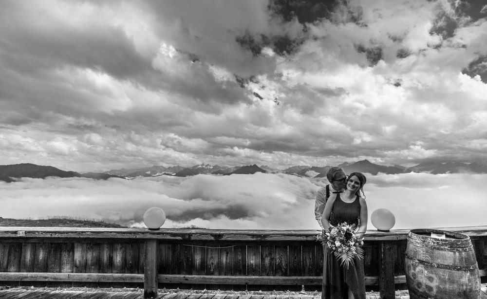 A wedding I shot during the summer with a couple at the Kristall Hütte in Kaltenbach. The weather was a bit all over the place but we came away with some great shots. Shot on the Canon 6D1 with post in Lightroom CC.