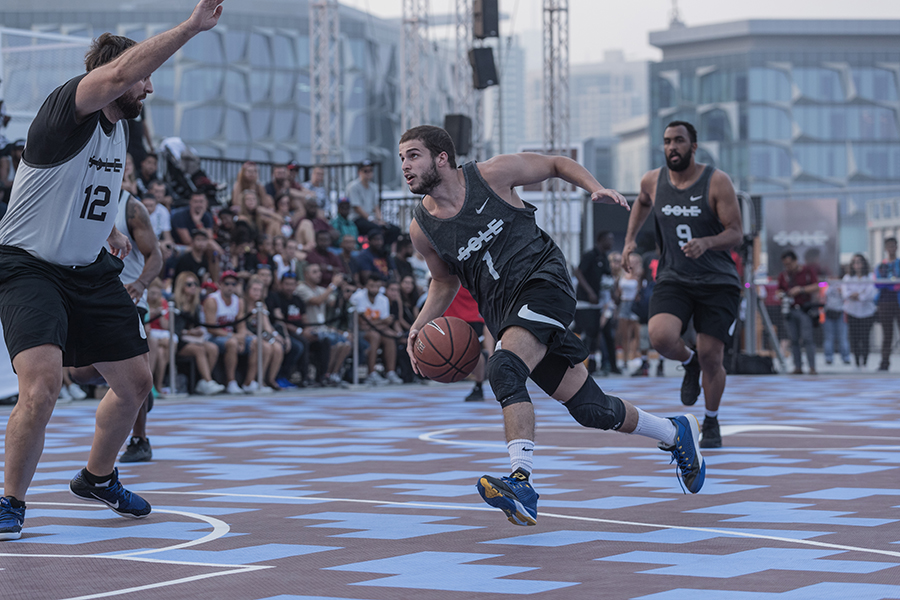 Sole-DXB-Ball-Above-All-©KevinCouliau-10.jpg