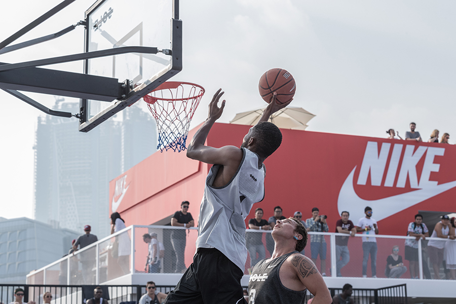Sole-DXB-Ball-Above-All-©KevinCouliau-16.jpg