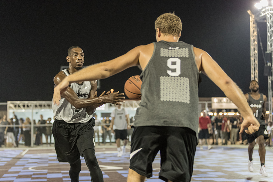 Sole-DXB-Ball-Above-All-©KevinCouliau-27.jpg