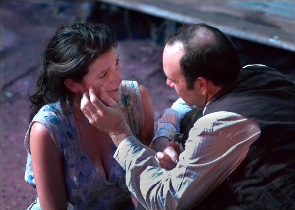 A Moon For the Misbegotten (dir Howard Davies)