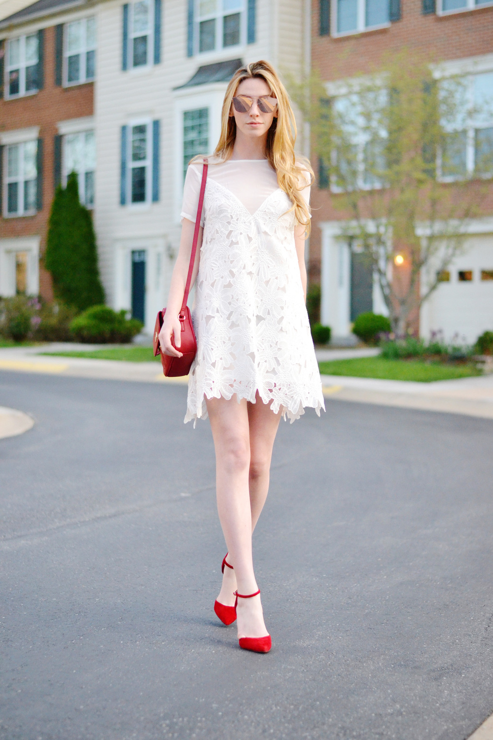 LWD & Red Pumps (via Girl x Garment)