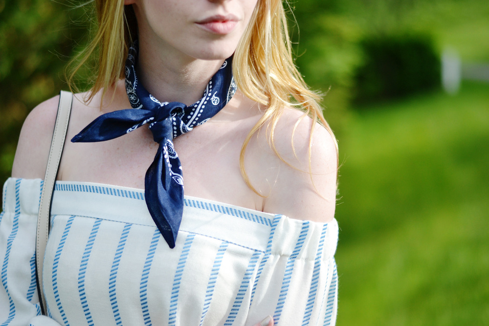 Bandana Necktie Fashion Blogger (via Chic Now)