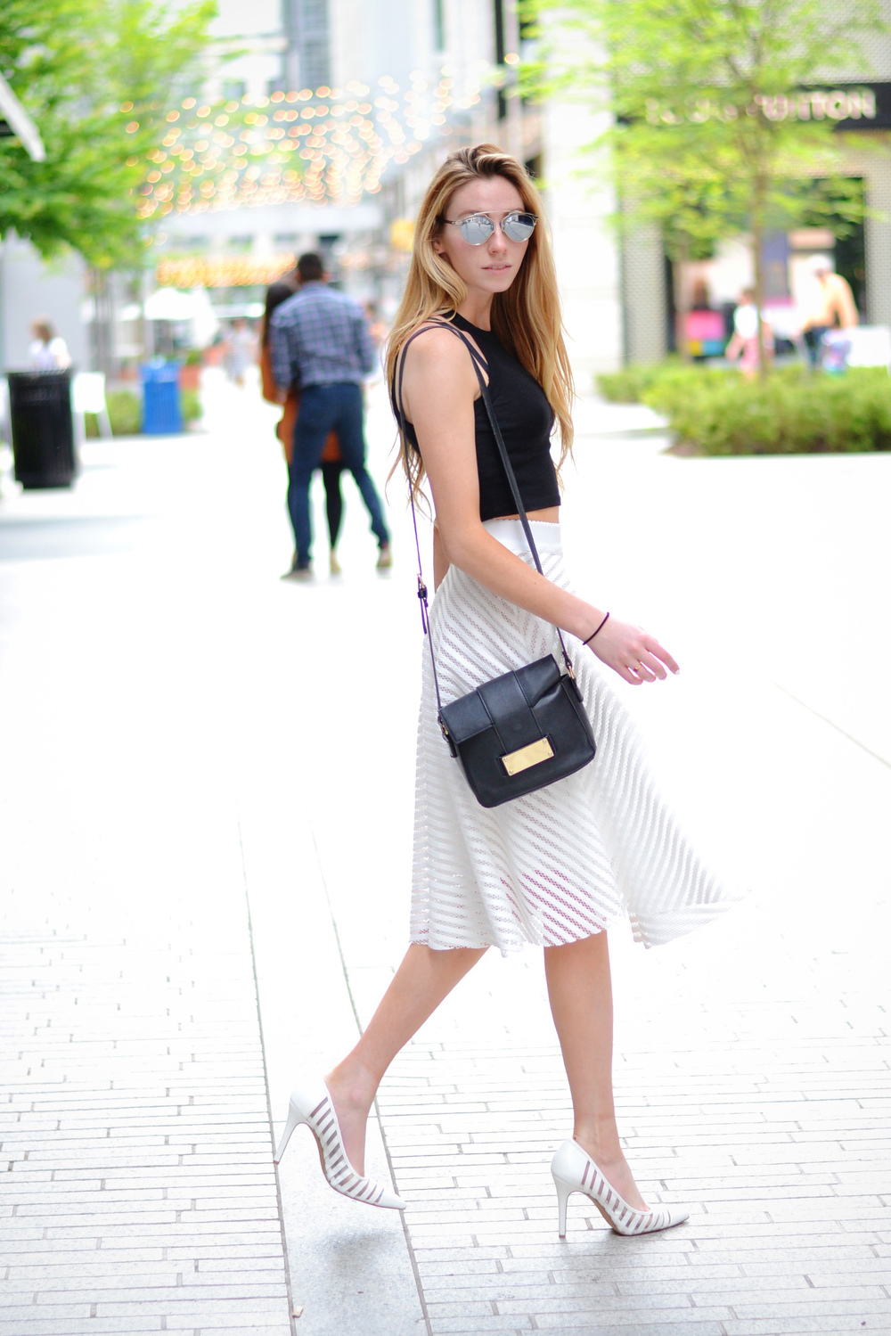 White Midi Skirt (via Chic Now)