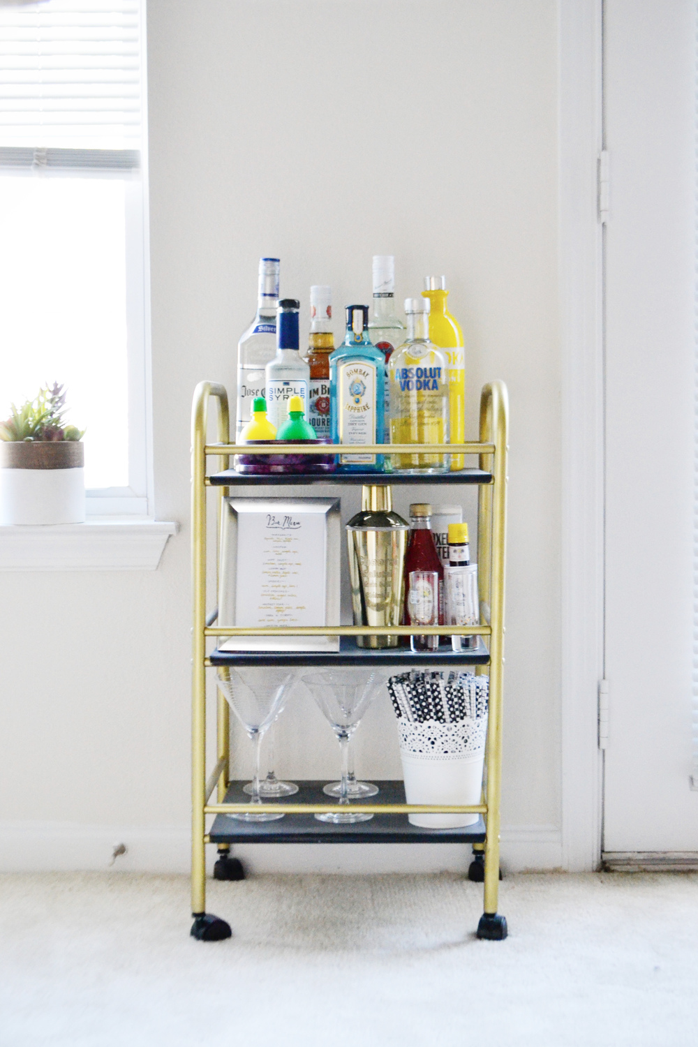 How To Stock A Bar Cart (via Chic Now)