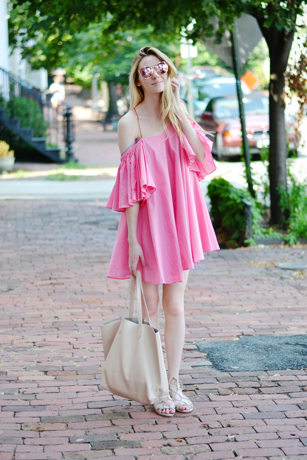 Voluminous Bright Pink Blogger Dress (via Chic Now)
