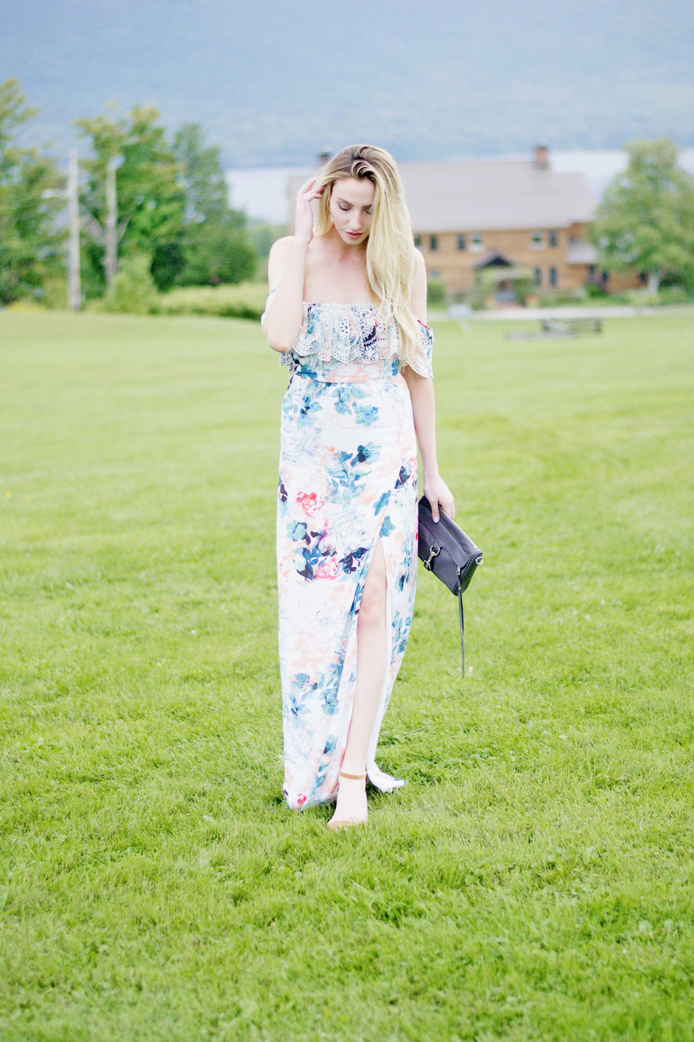 What To Wear To A Wedding (via Chic Now)