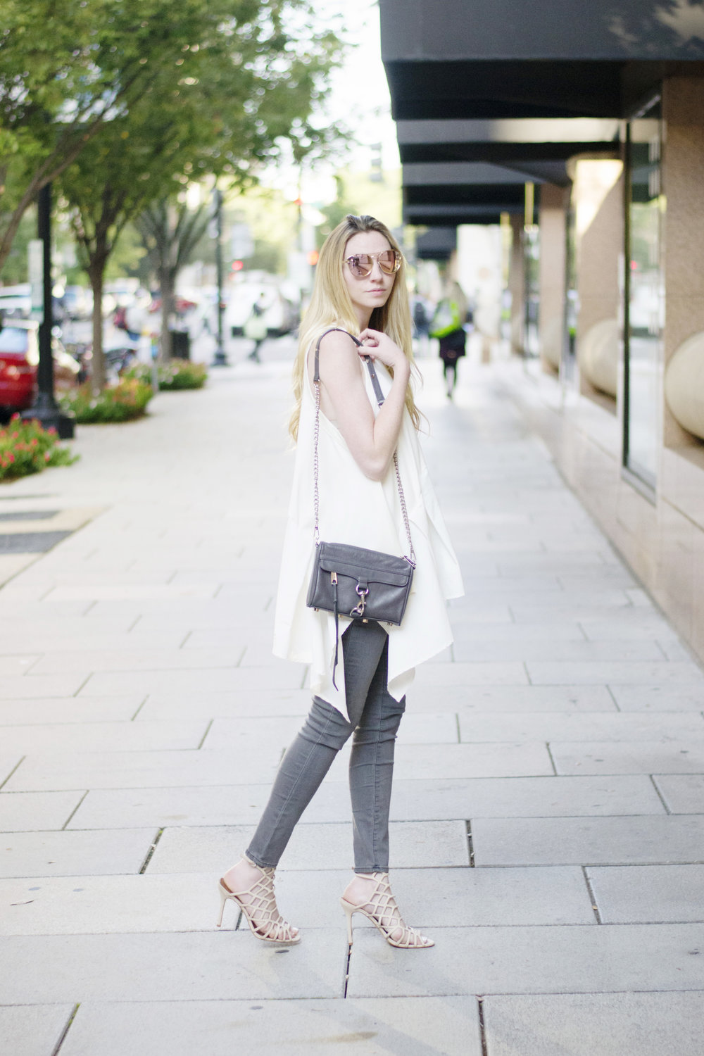 Blogger Ruffled Voluminous Top (via Chic Now)
