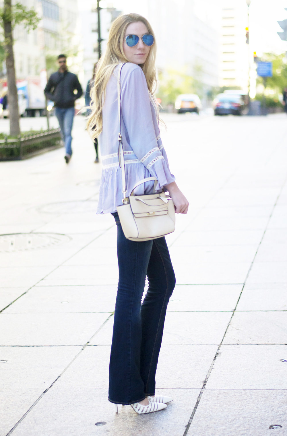 Blogger Flare Denim (via Chic Now)