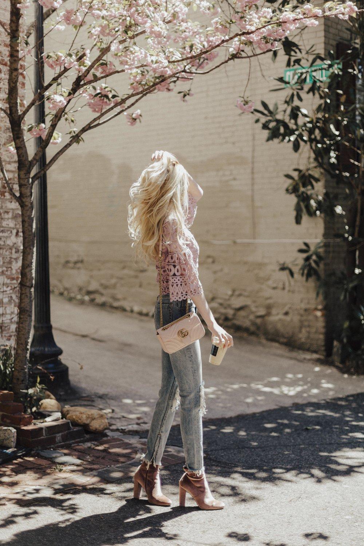 Spring blogger style: crochet tops