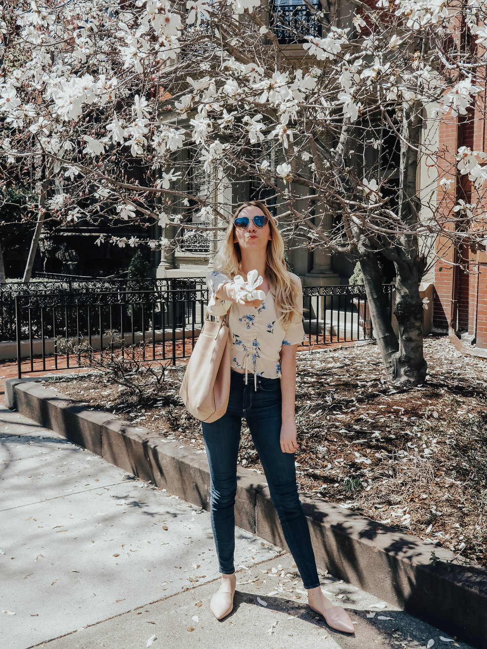 Spring Outfit Ideas | @maevestier