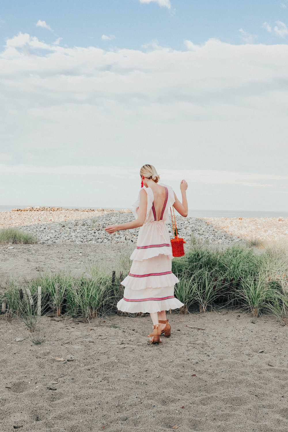 Vacation Outfit Inspiration | @maevestier