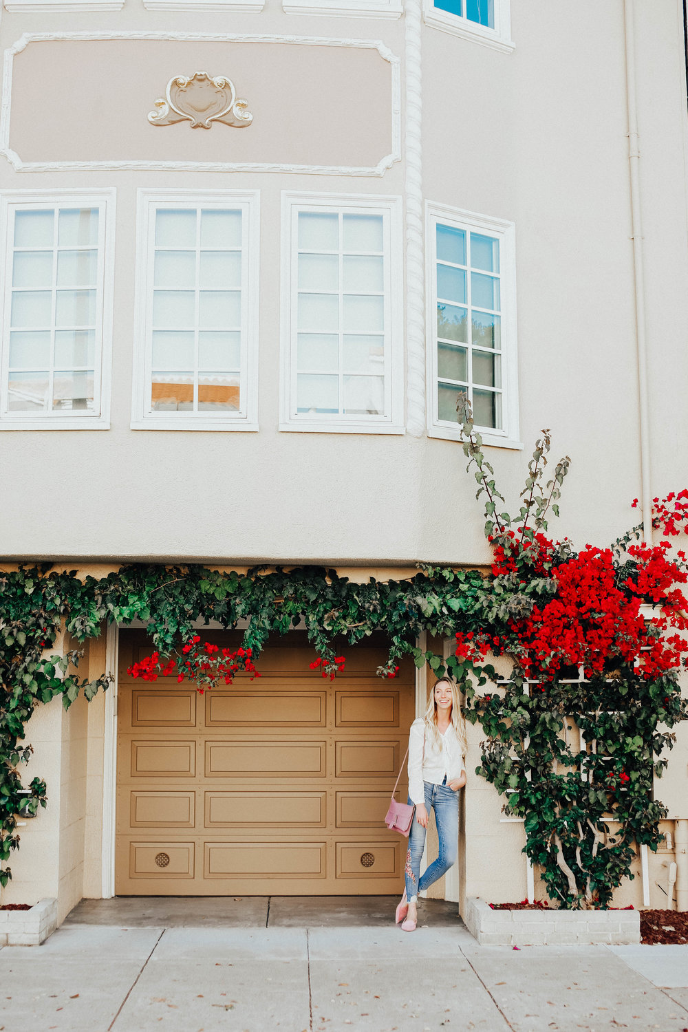 San Francisco Flower Covered Homes | @maevestier