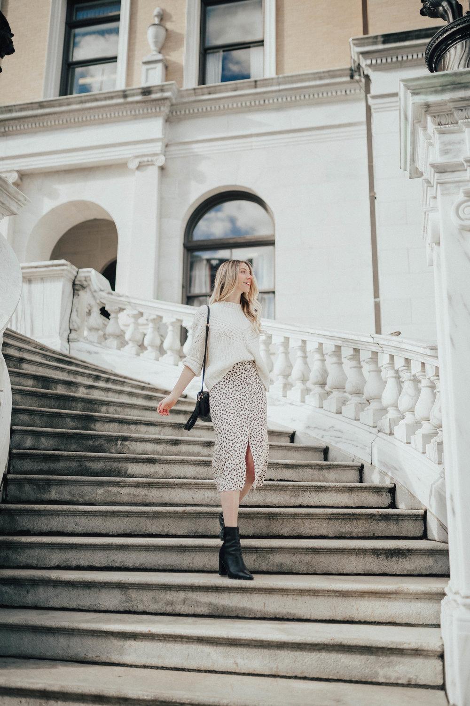 Leopard Print Skirt Outfit (via @maevestier)